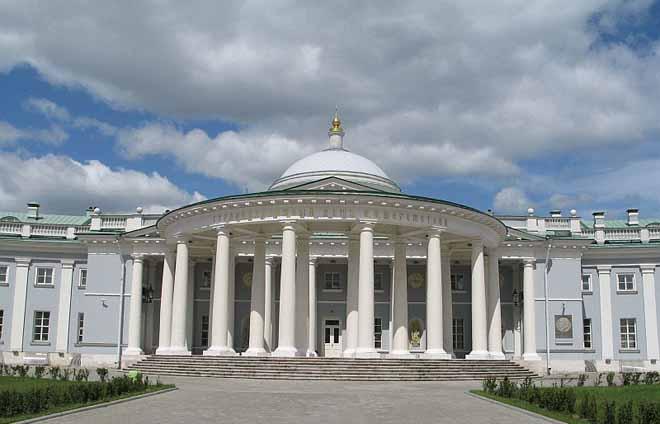 Здание НИИ скорой помощи им. Н.В. Склифосовского
