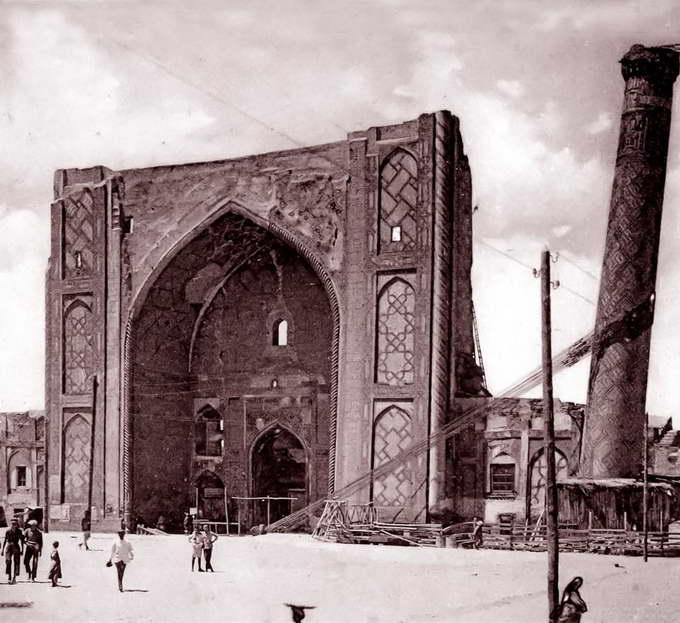 Северо-восточный минарет медресе, Самарканд, 1920-1932 гг.