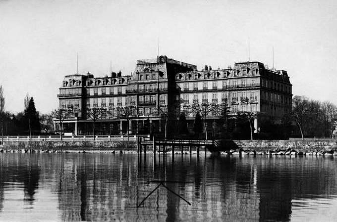 Штаб-квартира Лиги Наций, Дворец Наций на берегу Женевского озера в Швейцарии, 1920