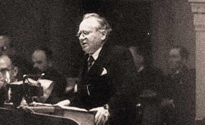 Нарком иностранный дел СССР Максим Литвинов на трибуне Лиги Наций в период Судетского кризиса, 21 сентября 1938