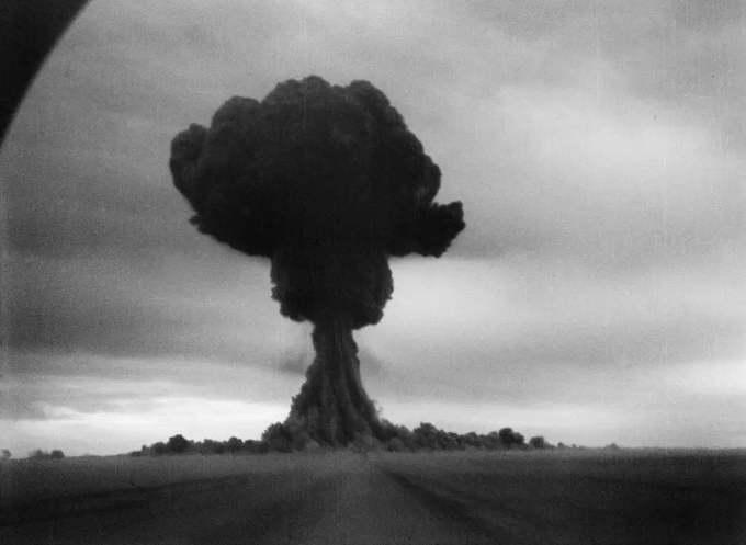 Ядерный гриб наземного взрыва РДС-1 29 августа 1949